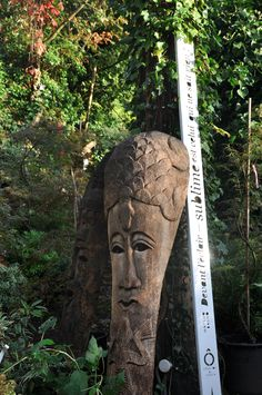 les grands masques protecteurs du Timor. Taffin à Montmorency