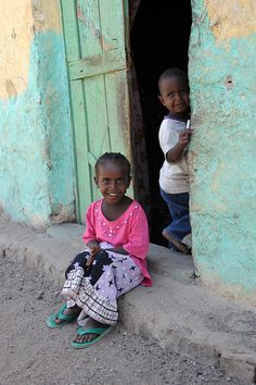 souls-of-my-shoes:    (via Children - Dikhil - Djibouti | Flickr - Photo Sharing!)