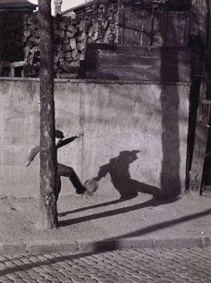 André Kertész - Paris (1930)