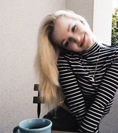 Find images and videos about gif, cameron and dove cameron on We Heart It - the app to get lost in what you love. Ac Milan, Dove And Thomas, Dove Cameron Style, Thomas Doherty, Chica Cool, Cameron Boyce, Sabrina Carpenter, Blue Aesthetic, Teen Fashion