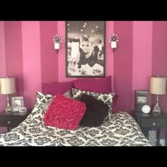 Teenagers Dream Bedroom, Pink stripes. Black and white theme.