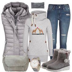Herbst-Outfits: tenderness bei FrauenOutfits.de ___ Mit einer Skinny Jeans kommt man super durch den Alltag! Kombiniert mit einem schönen Pulli sowie coolen Stiefeletten ergibt es ein freizeittaugliches und casual Outfit! Passende Accessoires runden den Look für Damen ab. #naketano #bambi #weihnachten