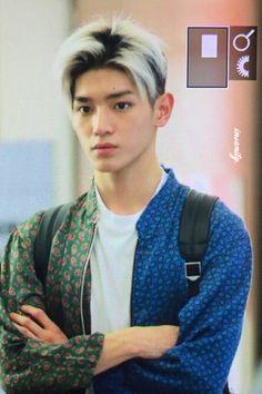 7.11.16 Taeyong @ Hanoi Airport