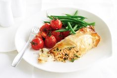 Salmon & herb filo parcels with roast tomatoes   http://www.taste.com.au/recipes/23033/salmon+herb+filo+parcels+with+roast+tomatoes