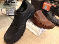 Tip Il Markio. El calzado correcto debe de tener refuerzos en la zona de talón, ya que esto brinda mayor estabilidad al pie. Los modelos Flexi que tenemos en nuestras tiendas, tienen lo necesario para darte la comodidad.