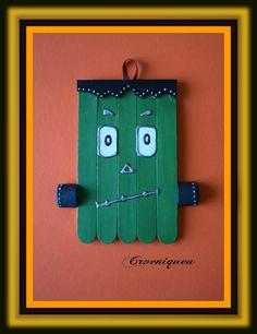 Halloween, Frankenstein, school, iskola, spatula, akril Frankenstein, Triangle, Halloween, School, Handmade, Hand Made, Spooky Halloween, Handarbeit