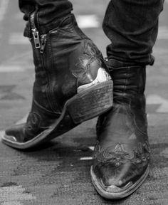 Rock 'n' Roll Style ✯ Pamela Love. Vintage western cowboy boots
