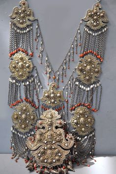 Colossal necklace with incredible workmanship, granulation , gilt silver with pearls, and coral. (archives sold )