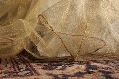 Dettagli preziosi - TINA limited edition - #gold lurex -  #zanzariera #baldacchino #oro #Grigolite