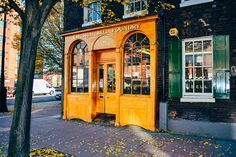 As a former resident of Philadelphia, I feel compelled to visit the Whitechapel Bell Foundry where the Liberty Bell was manufactured. They also cast Big Ben. Oxford England, London England, London Must See, Underground Map, Big Ben London, London Travel, London Shopping, Spain Travel, Travel Uk