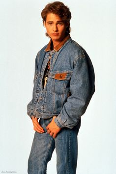 Beverly Hills 90210 Fashion: Revisit 90s Style