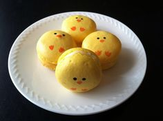 Chick Macarons #cute #food #macarons