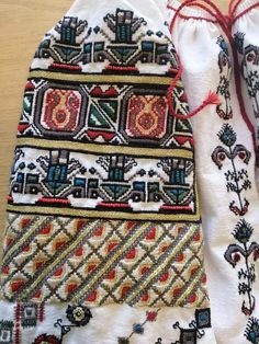 Folk Embroidery, Romania, Bohemian Rug, Country, Blouse, Rural Area, Blouses, Country Music, Woman Shirt