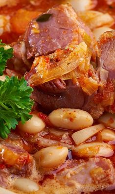 Pressure cooker ham and beans. Ham with pinto beans cooked in a pressure cooker. Quick and easy! #pressurecooker #instantpot #dinner #easy #quick #ham #beans #magicskilletrecipes Pressure Cooker Ham, Great Recipes, Favorite Recipes, Recipe Ideas, Ham And Beans, Pinto Beans, Skillet Meals, Pork, Food And Drink