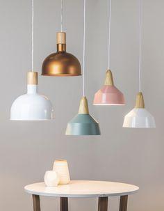 Lámpara Colgante Wallas #lampara #cobre #iluminación#estilonordico #nordico #calado #blanco Ceiling Fan, Ceiling Lights, Nail Room, Diy Hanging, Decoration, Foyer, Sweet Home, New Homes, Table Lamp