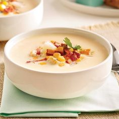 Chaudrée de poulet au bacon et maïs - Recettes - Cuisine et nutrition - Pratico Pratique Cheeseburger Chowder, Soup Recipes, Panna Cotta, Tasty, Nutrition, Ethnic Recipes, Magazines, Snow Cones, Copyright