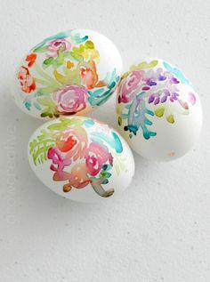 Watercolor Flower Easter Eggs from growcreativeblog.com