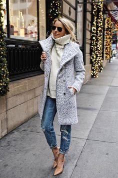 Check out these 27 adorable winter jacket outfits for inspo!