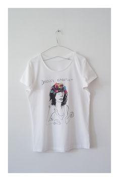 Dancing Barefoot -canción de Patti Smith. El dibujo y otros más de la colección se inspiran en las mujeres y la música Rock