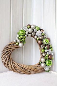 HIT: ❤️ Świąteczny wieniec z wikliny. ❤️ Zobacz trendy dekoracje!