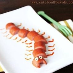 Fun food!!  Love the hot dog centipede! That is one thing it is better to play with than eat!