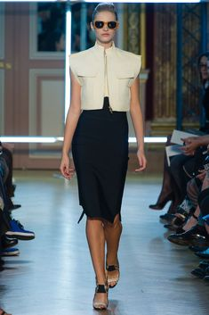 Roland Mouret Spring 2013 Ready-to-Wear Collection - Vogue