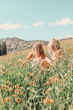See more of relatablemoods's content on VSCO. Cute Friend Pictures, Best Friend Pictures, Cute Pictures, Friend Pics, Besties, Bestfriends, Happy Vibes, Cute Friends, Summer Aesthetic