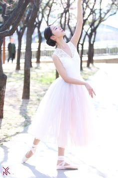 Shin hye sun 2019 / Angel's last mission: love / Dan only love Asian Actors, Korean Actresses, Korean Actors, Actors & Actresses, Korean Star, Korean Girl, Korean Celebrities, Celebs, Rose Gold Aesthetic