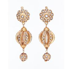SKU-RPSE06281-Gorgeous gold patra earring made with pearls
