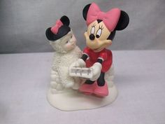 "Snowbabies Dept 56 ""Caroling with Minnie"" Disney Mickey Mouse's Girl"