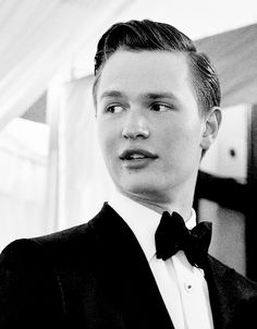 """Ansel Elgort attends the """"China: Through The Looking Glass"""" Costume Institute Benefit Gala at the Metropolitan Museum of Art [May 4, 2015]"""