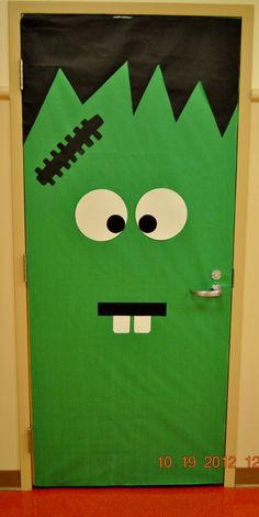 Easy Halloween Door Decorations on a Budget for the Classroom Easy Halloween Door Decorations on a Budget for the Classroom Frankenstein Drug Free Door Decorations, Diy Halloween Door Decorations, Halloween Classroom Decorations, School Door Decorations, Halloween Door Hangers, Halloween Classroom Door, Minion Halloween, Fete Halloween, Halloween Themes