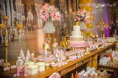 Rosa + Ouro Princesa festa de Aniversário temático através de Idéias Kara fazer Partido KarasPartyIdeas.com Printables, bolo, Decoração, estimulassem, Receitas, cupcakes, e Muito Mais! #princesspartyideas #princessparty #princess (9)