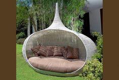 Resultado de imagem para sofa jardim design + https://www.pinterest.com/pin/560698222350217432/
