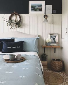 Wood Paneling Makeover, White Wood Paneling, Painting Wood Paneling, Painted Wall Paneling, Interior Wood Paneling, Wood Panneling, Bedroom Wall Designs, Accent Wall Bedroom, Bedroom Decor