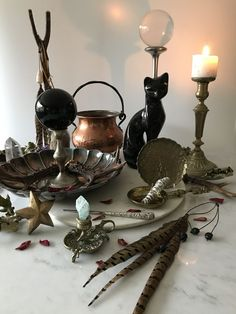 Altar Antique,Vintage & Handmade Pieces for the Discerning Occult Practitioner Witch Cottage, Witch House, Altar Decorations, Halloween Decorations, Witch Room, Green Witchcraft, Baby Witch, Witch Aesthetic, Idee Diy