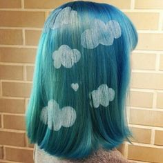 Hair stenciling is exactly what it sounds like; stencils are used to paint beautiful and colorful patterns on the hair. Here are 20 hair stenciling ideas you'll love! Wacky Hair Days, Crazy Hair Days, Tinta Facial, Hair Stenciling, Coiffure Hair, Coloured Hair, Bleached Hair, Tips Belleza, Rainbow Hair