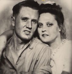 Vernon and Gladys Presley. Wedding photo 1933