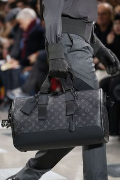Louis Vuitton Fall 2016 Menswear Fashion Show Details - bags, work, designer, chanel, diaper, messenger bag *ad