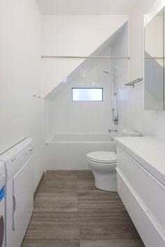 & Highbury Laneway House – contemporary – bathroom – vancouver – Lanefab Design/Build Source by dirtygardener Small Attic Bathroom, Cozy Bathroom, Small Bathtub, Laundry In Bathroom, Bathroom Ideas, Bathroom Interior, White Bathroom, Bathroom Under Stairs, Indian Bathroom