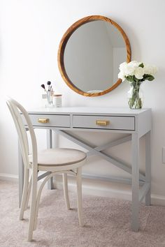 How to build a makeup vanity that is functional and beautiful! This DIY makeup v. - - How to build a makeup vanity that is functional and beautiful! This DIY makeup vanity is budget friendly and the perfect place to apply and store make. Diy Vanity Table, Makeup Table Vanity, Vanity Ideas, Mirror Ideas, Vanity Set, Makeup Tables, Makeup Vanity In Bedroom, Makeup Vanity Hacks, Makeup Vanity Furniture