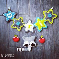 Felt Garland - Baby Name - Dario with Raccoon & Apple - Name banner