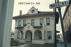 Old Clark County Jail Winchester KY Used to go in here with Russel Grant (neighbor) when I was a child and he was City Prosecutor. Kentucky Attractions, Clark County, County Jail, My Old Kentucky Home, Back Home, Small Towns, Winchester, Old Houses, Building A House