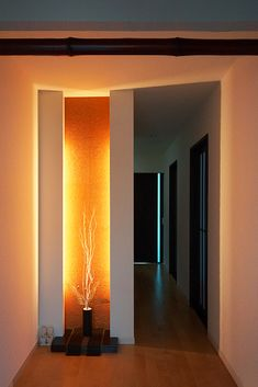 玄関|ニッチ|間接照明|Entrance|Niche|Indirect illumination Contemporary Interior Design, Interior Modern, Room Interior, Door Design, Wall Design, House Design, Hallway Decorating, Interior Decorating, Living Room Designs