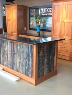 Its magnificent what these folks did with this unique structure and plan. Cheap Countertops, Marble Countertops, Kitchen Countertops, Countertop Materials, Petrified Wood, Kitchen Design, Kitchen Ideas, Home Kitchens, New Homes
