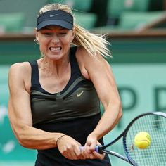 """For the women: That soft curve in your underarm that hangs over your tank tops and bras? That's not """"armpit fat."""" It's your breast, and it's natural--though it's almost always edited out of images of models and actors/actresses. """"Armpit exercises?"""" Please. // The muscular Maria Sharapova doing what she does best."""