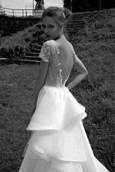TELSA #wedding #marriage #weddingdress #abitodasposa #2016 #collection #sposa #bride #bridal #brides #bridalcouture #couture #bianco #blackandwhite