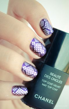 Check out this sexy snakeskin manicure using BMXL-08 created by @pshiiit!