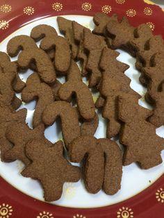 μπισκότα με αλεύρι ολικής άλεσης Gingerbread Cookies, Desserts, Food, Gingerbread Cupcakes, Tailgate Desserts, Ginger Cookies, Deserts, Meals, Dessert