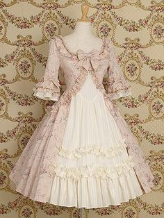 Another very pretty princess type dress. I don't know if they make this anymore, and I know I'd have to get it custom made anyway, but still, so Rococo! So pretty!
